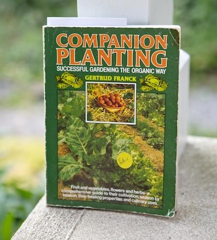 companion-planting-book